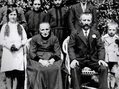 Lens, vers 1937, la famille de Joseph et Catherine Nanchen Cordonier