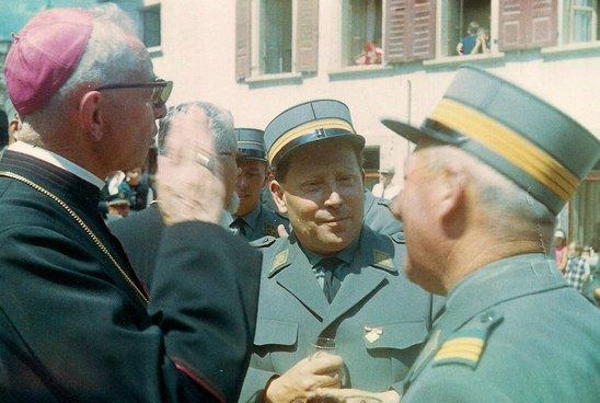 Lens, 1er août 1967 : les autorités religieuses, militaires et civiles